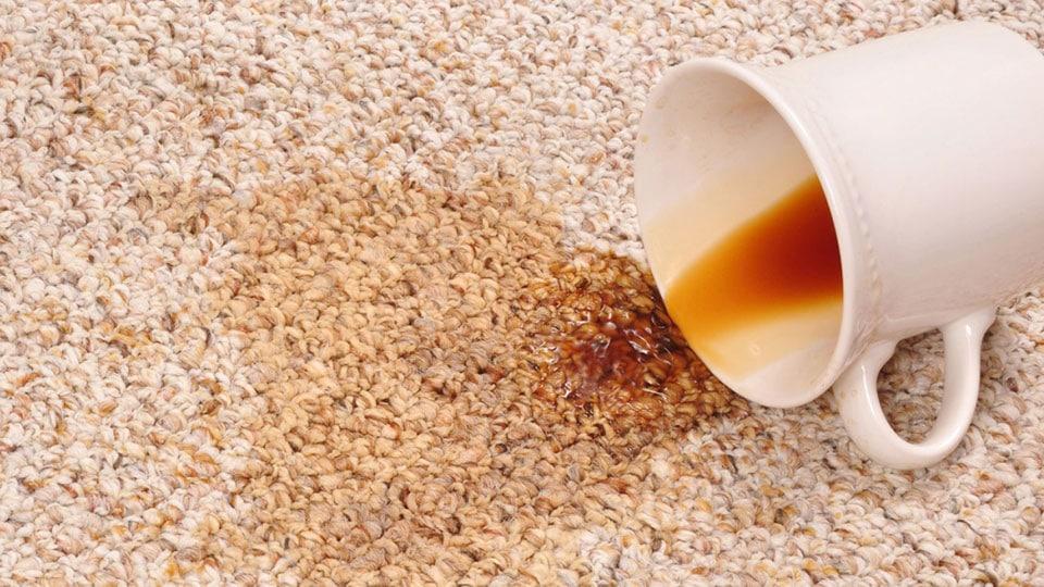 удаление запахов на мягкой мебели