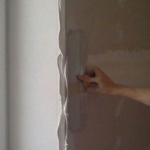Отделка откосов на окна, реставрация откоса окна