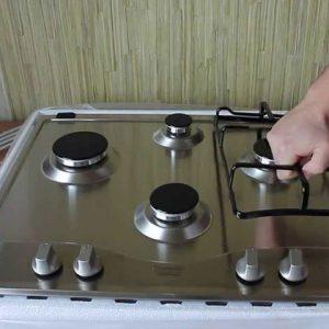 Установка варочной панели на кухне