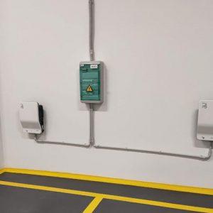 Установка зарядной станции для электромобиля